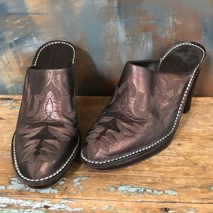 Western Leather Mules Italy Donald J. Pilner 7